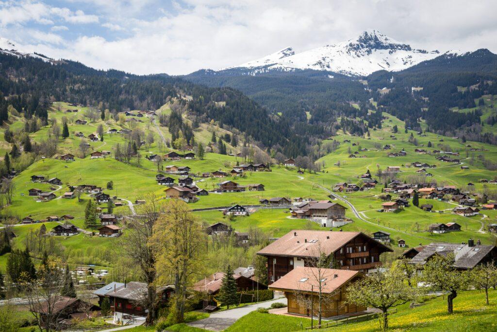 Gesellschafter-GF: Keine Steuer bei Umzug in die Schweiz